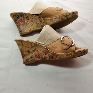 BOC Floral Wedge Sandals Size 10 Leather VGUC